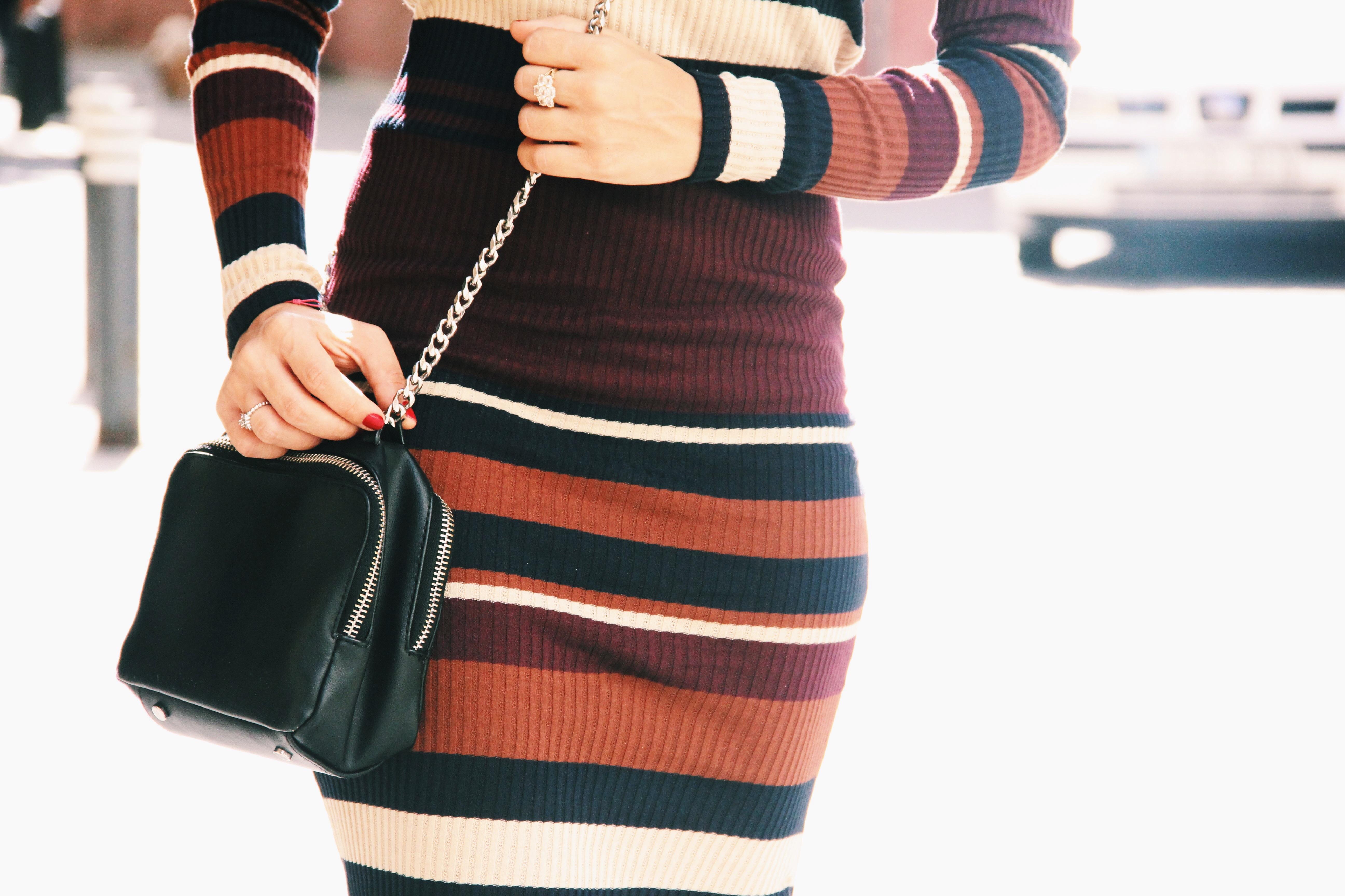 vestido_de_punto- vestido_de_rayas- knitwear- bichon_maltes-vestido_midi-Less_is_more-1