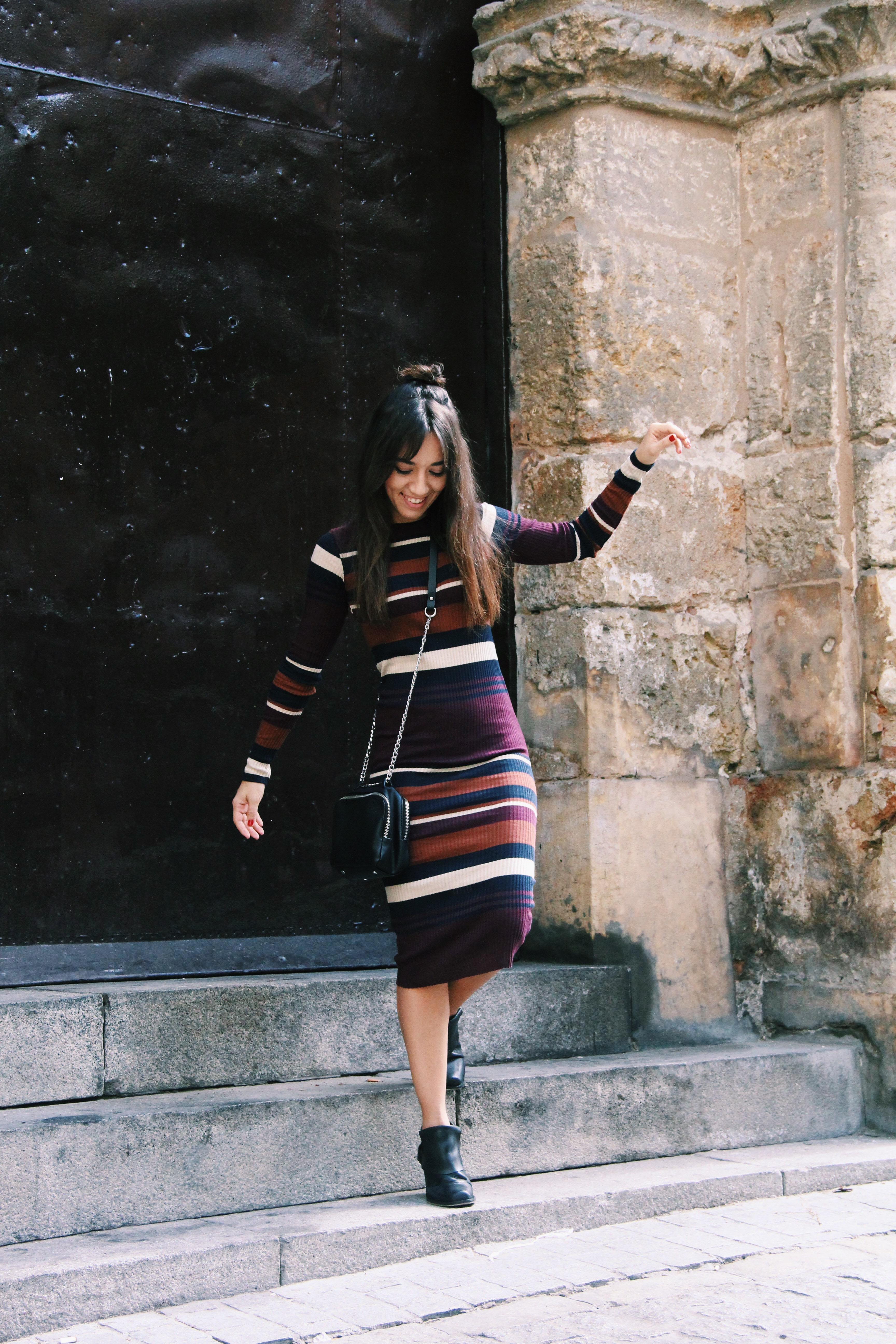 vestido_de_punto- vestido_de_rayas- knitwear- bichon_maltes-vestido_midi-Less_is_more-6