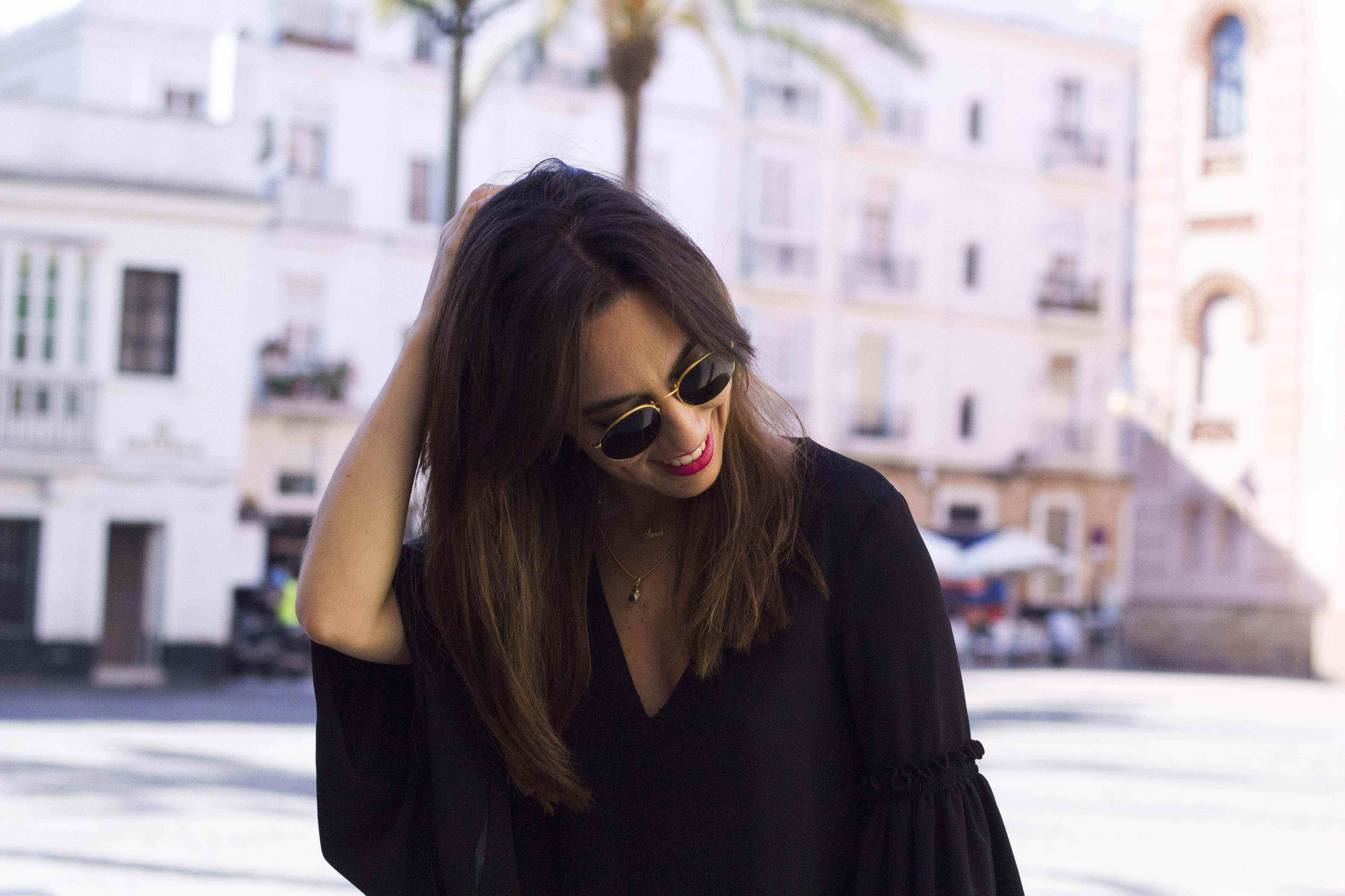 vestido_negro-mangas_campana6