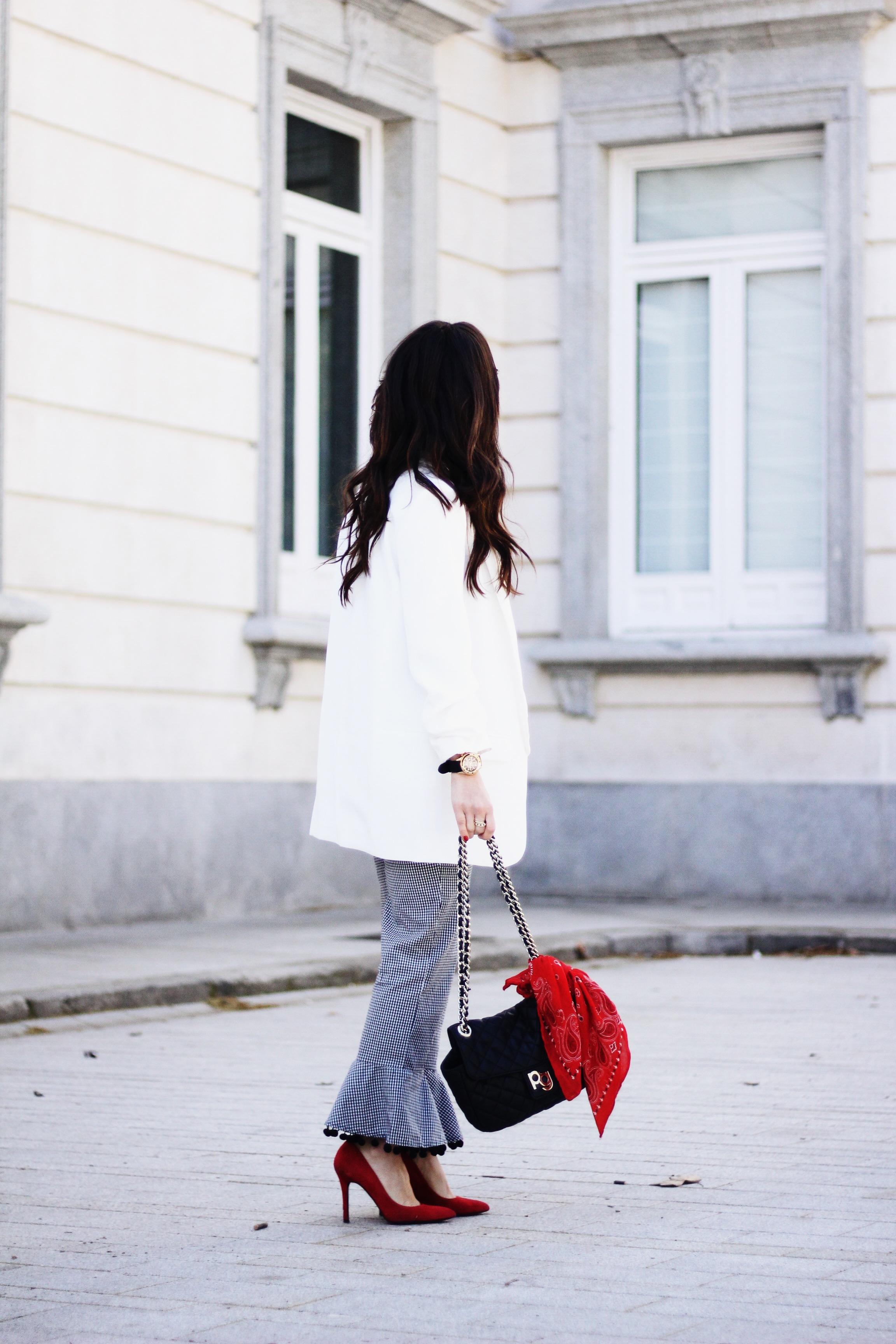 blazer blanca