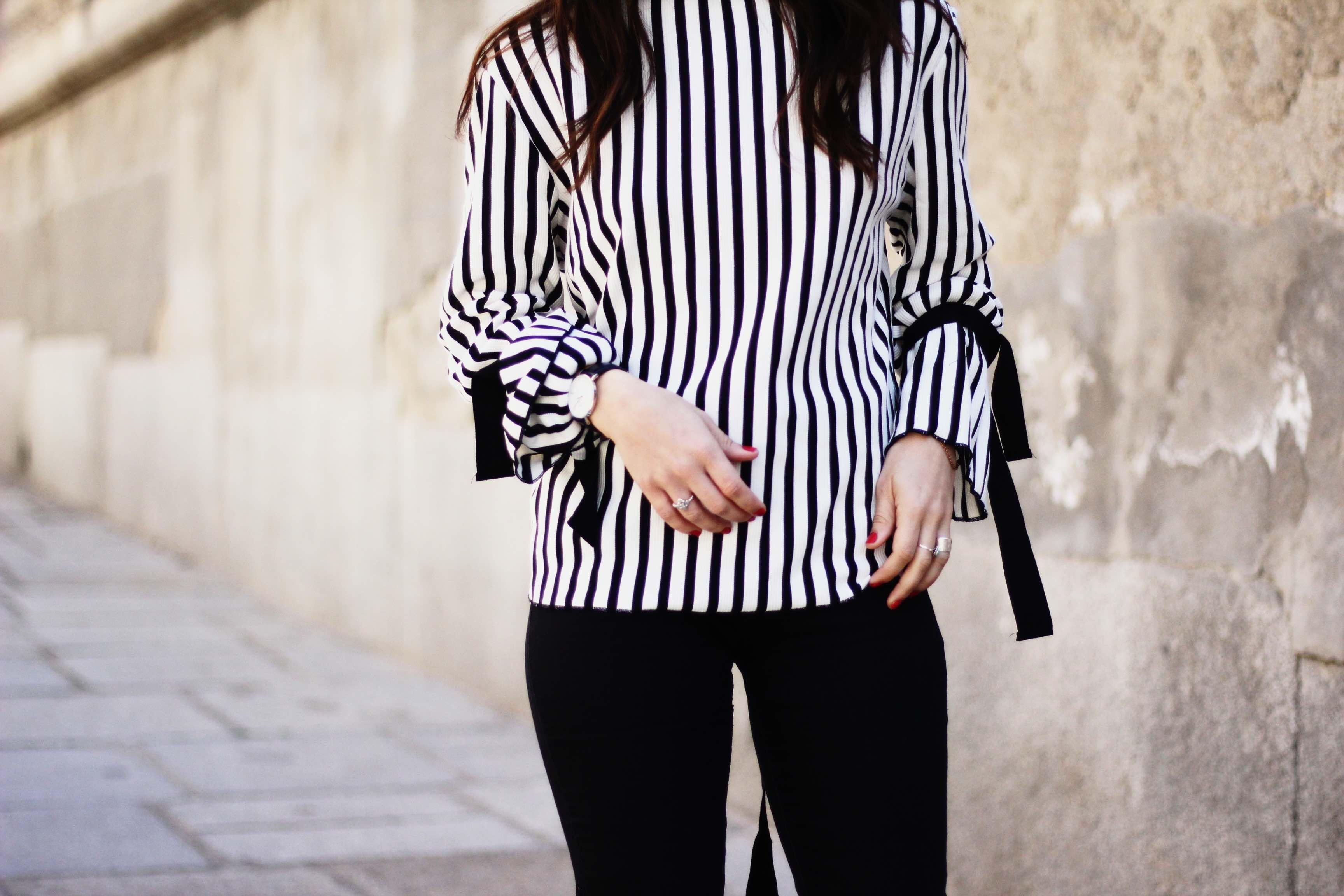 jersey blanco y negro