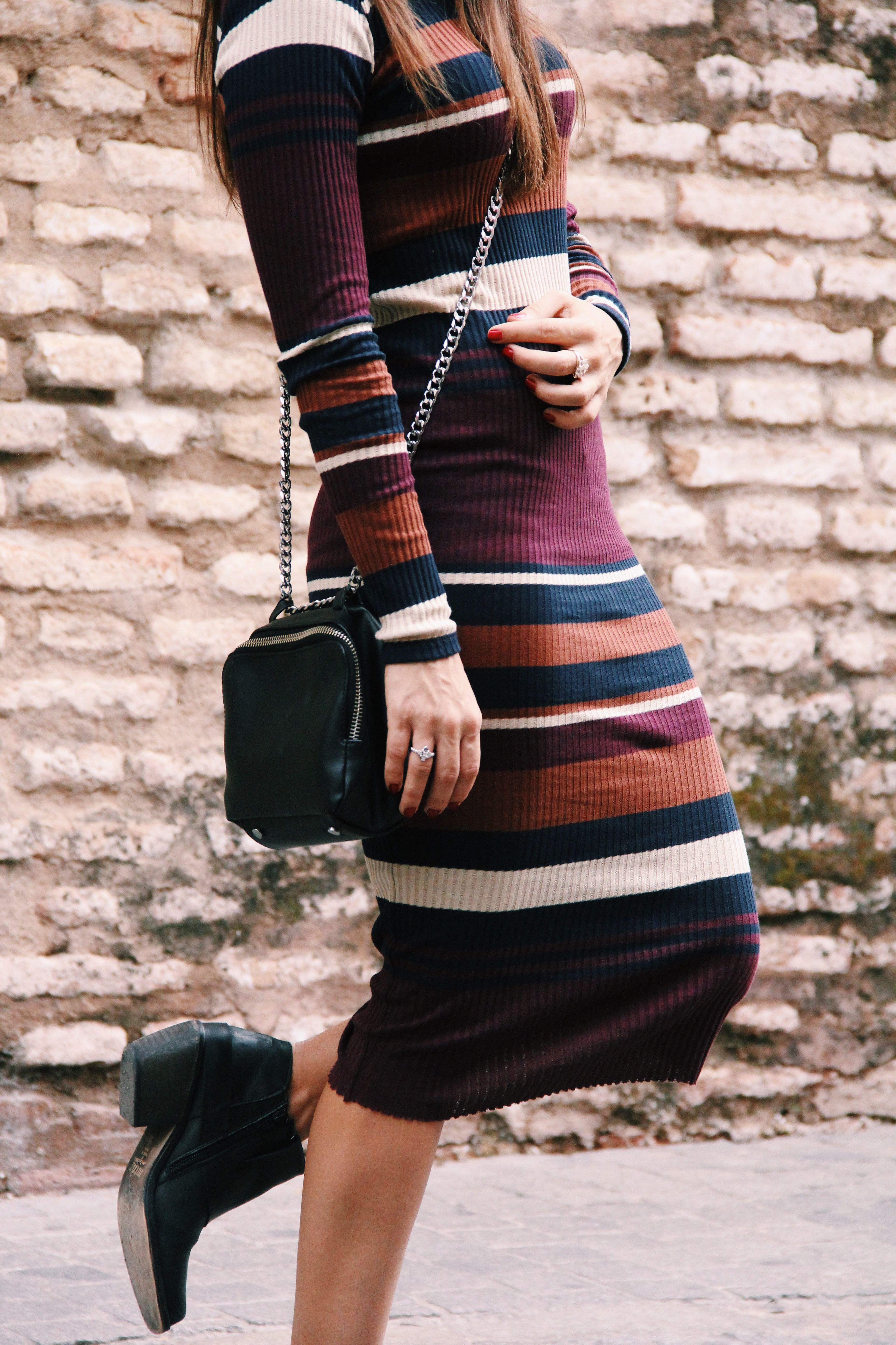 vestido_de_punto- vestido_de_rayas- knitwear- bichon_maltes-vestido_midi-Less_is_more-12