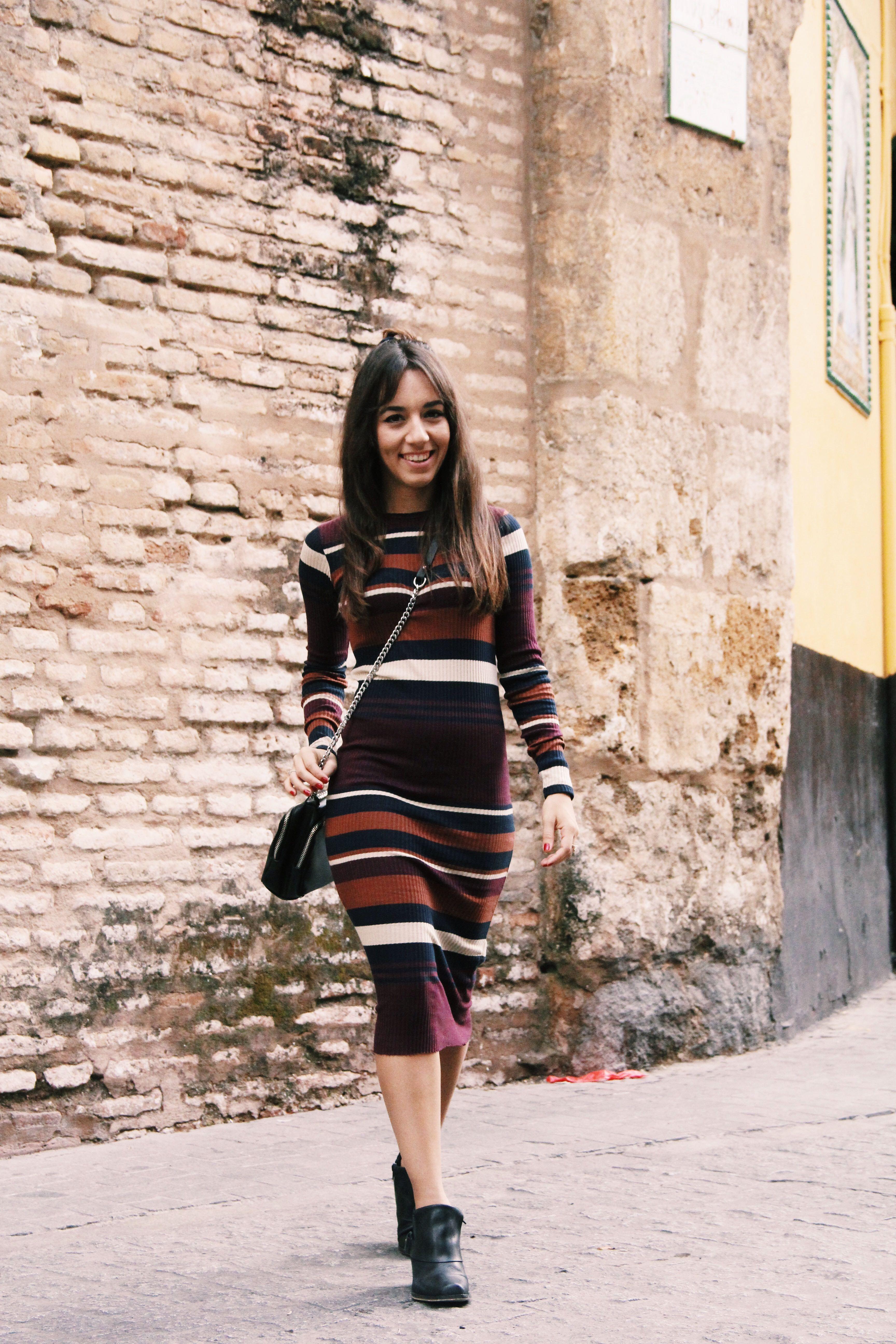 vestido_de_punto- vestido_de_rayas- knitwear- bichon_maltes-vestido_midi-Less_is_more-7