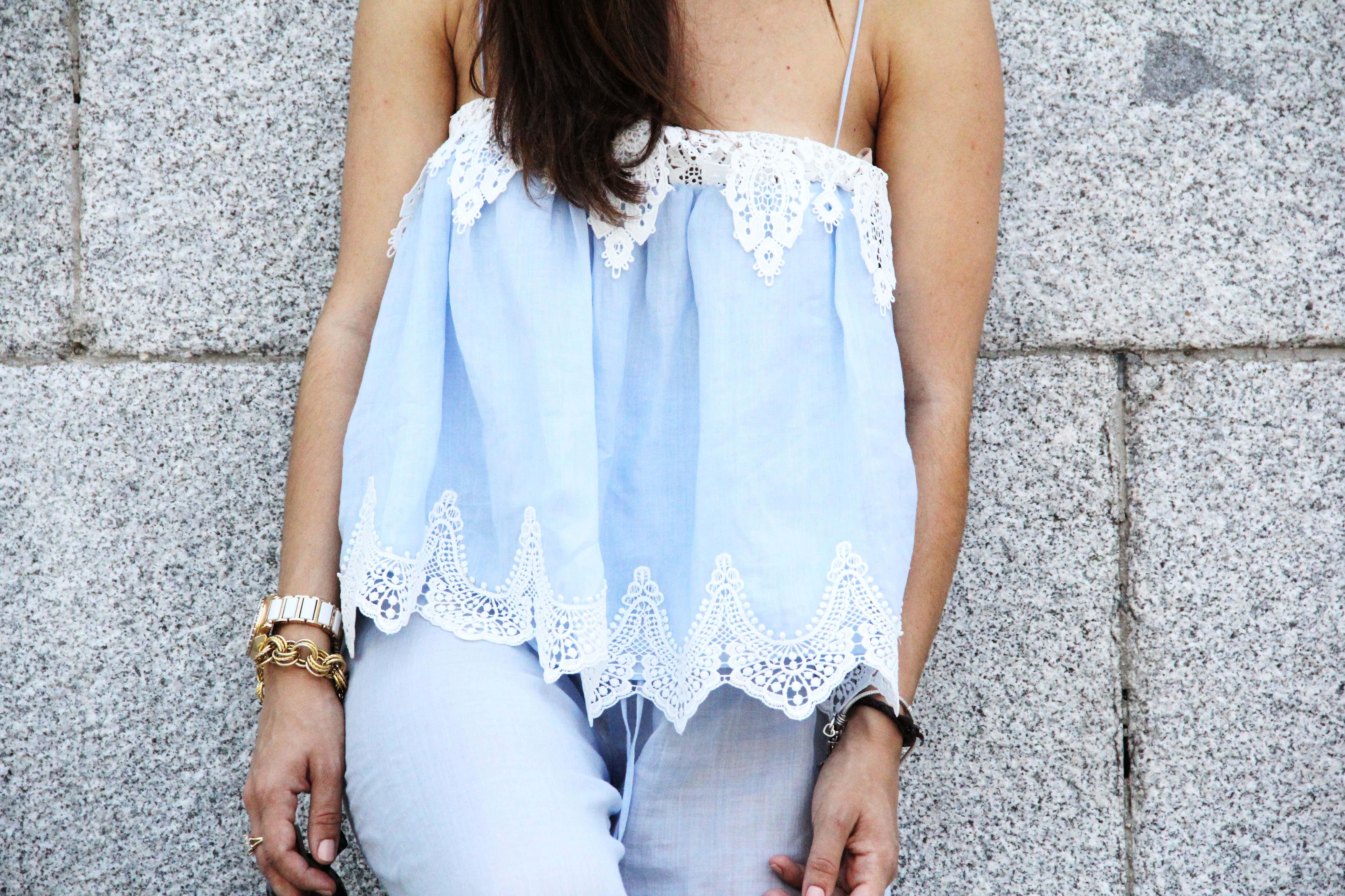 top_lencero-tendencia_pijama-sandalias_nude-gafas_ojo_de_gato-lessismoreblog_0