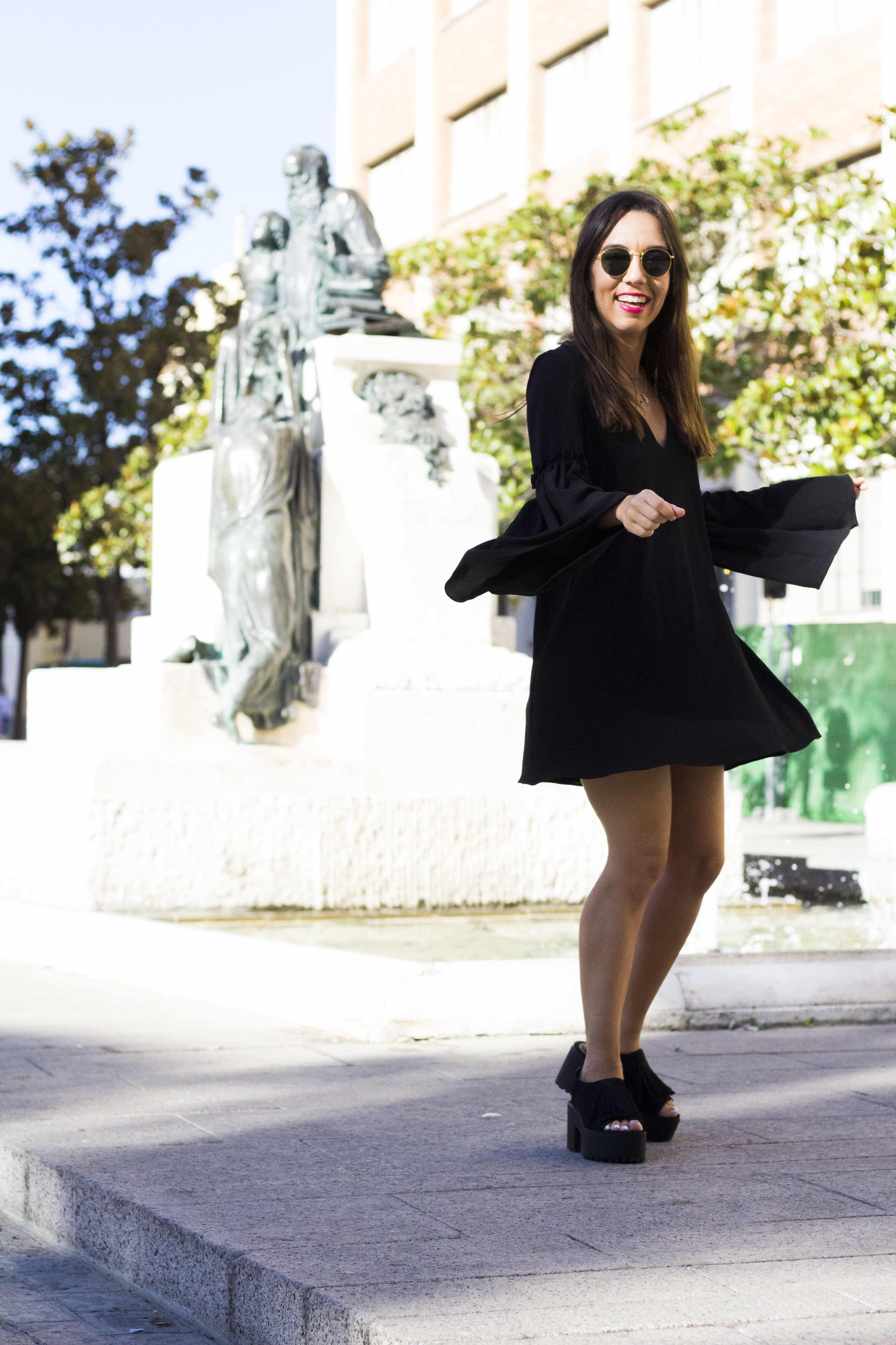 vestido_negro-mangas_campana12